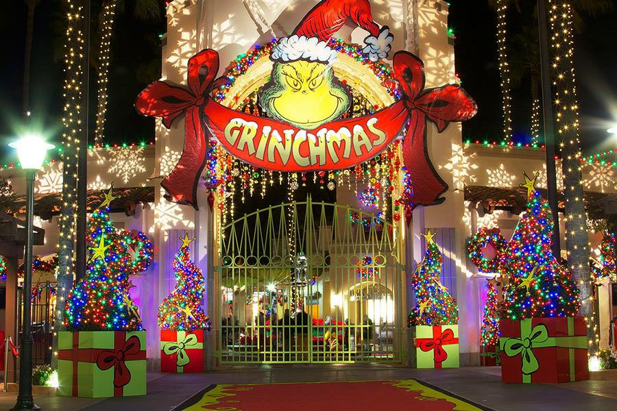 Universal Front Gates at Grinchmas