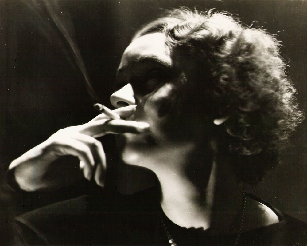 WFRR-TheWomanBetween-Smoking.jpg