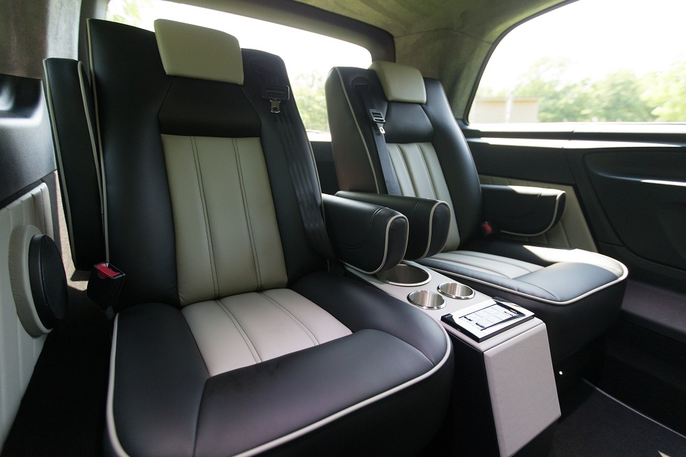 executive mercedes v class