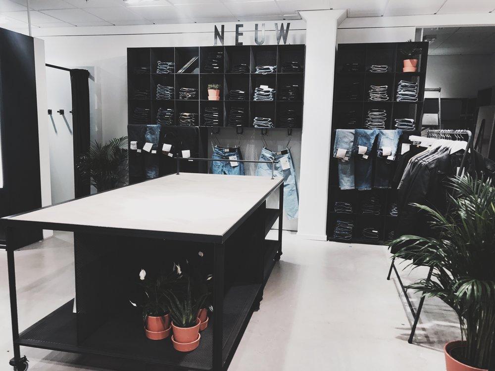 Steen & Strøm Ship-in-Shop, Oslo  Info