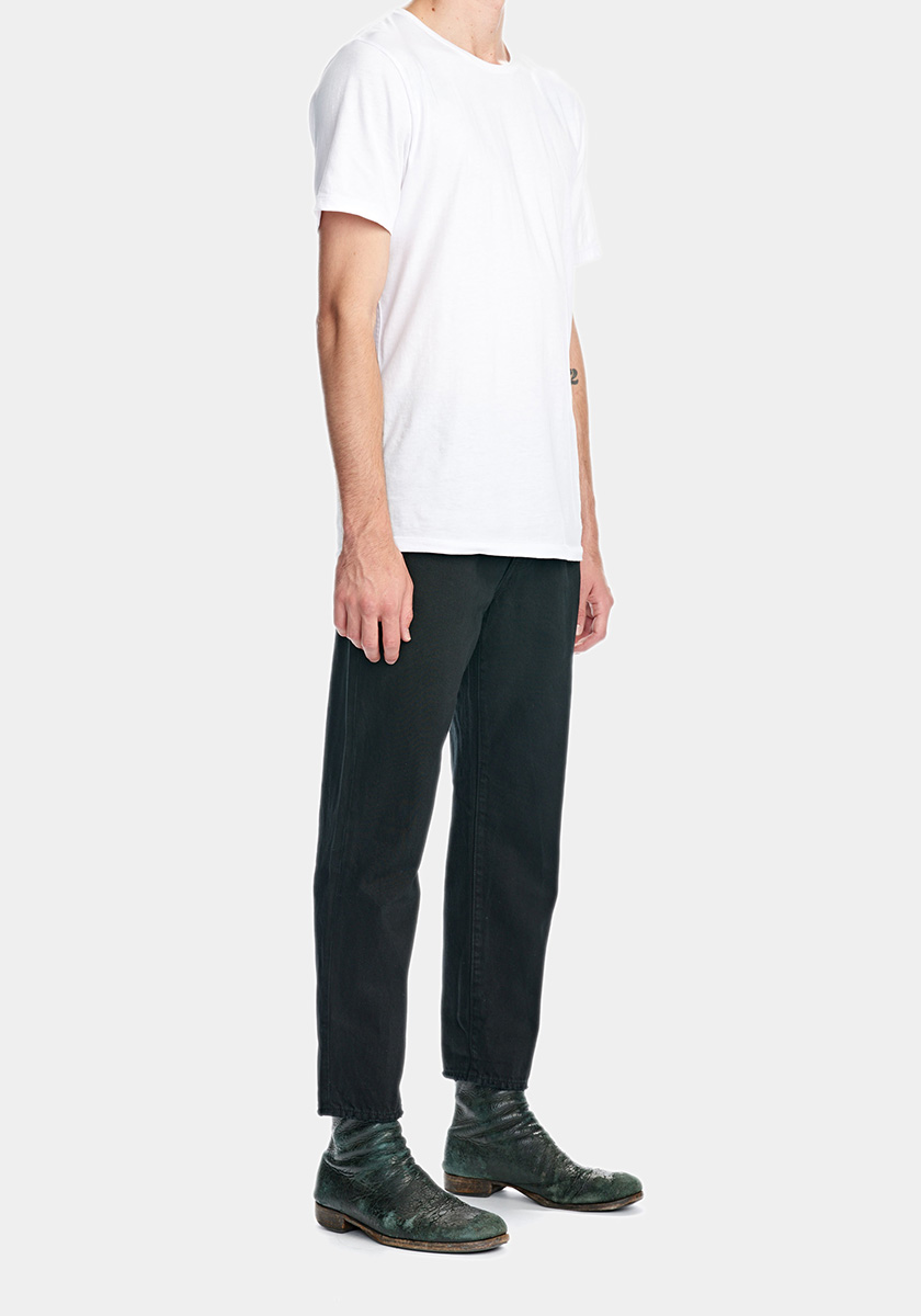 STUDIO (Relaxed)   A relaxed fit with cropped legs. If you're looking for something else than skinny jeans we suggest that you'll try this. It's something else.   Discover this seasons Studio washes