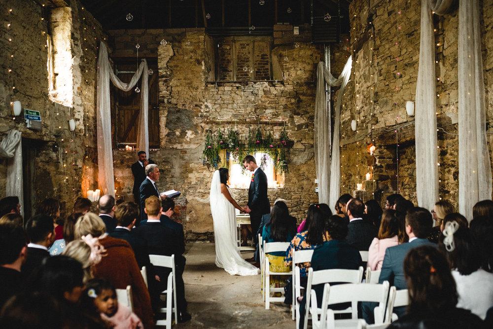 ash barton estate wedding photos-16.jpg