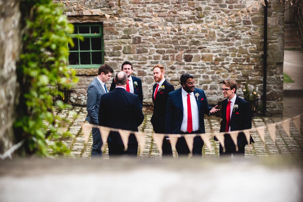ash barton estate wedding photos-12.jpg