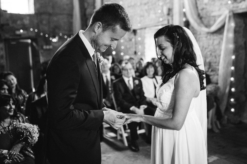 ash barton estate wedding photos-17.jpg