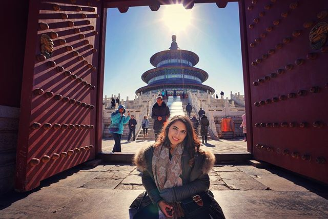 On the gates of Temple of Heaven in Beijing .  Shot on: @sonyalpha a7riii . . . . . . . . . . . . . . . .  #primeshots #instamagazine_ #instagoodmyphoto #peopleinframe #createyourhype #streetmobs #thecreative #templeofheaven #temple #templesaroundtheworld #seemycity  #streetmagazine #guardiancities #streetshared #streetcollectors #portrait_perfection  #chinatrip #chinatour #chinagram #travelinchina #chinatravel #unlimitedchina  #travelblogger #sonya7iii #sony #sonycamera #traveldiaries