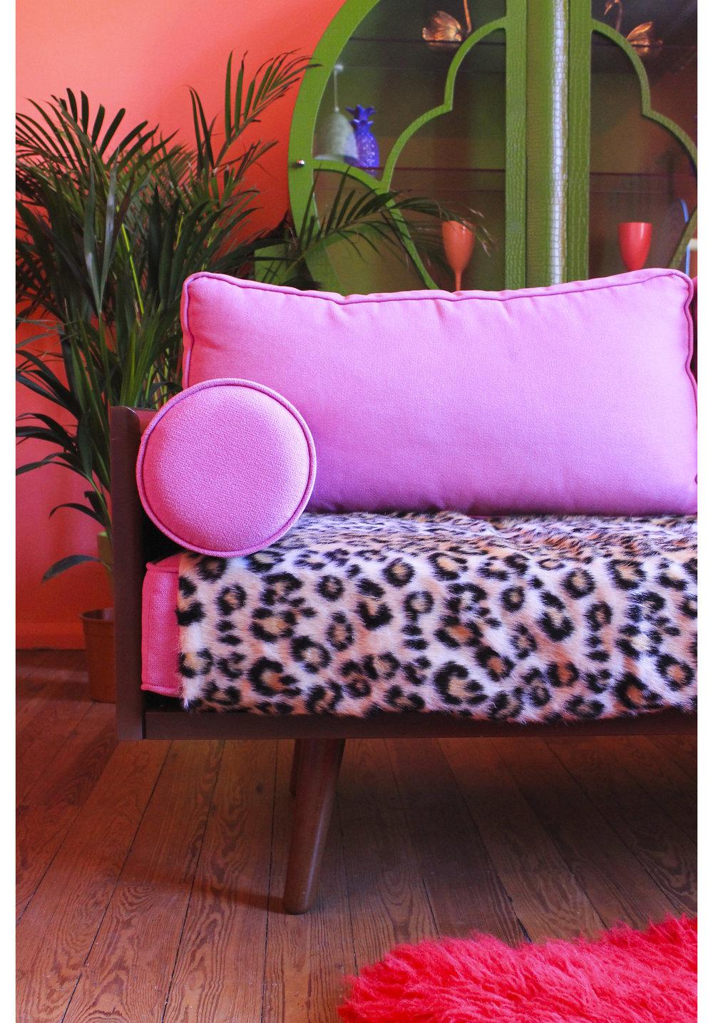 MLH Lounge Pink Sofa Detail.jpg
