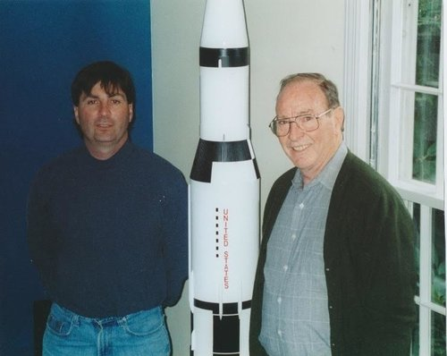 COLE SOMMERS VISITING WITH APOLLO 14 LUNAR MODULE PILOT - DR.EDGAR MITCHELL