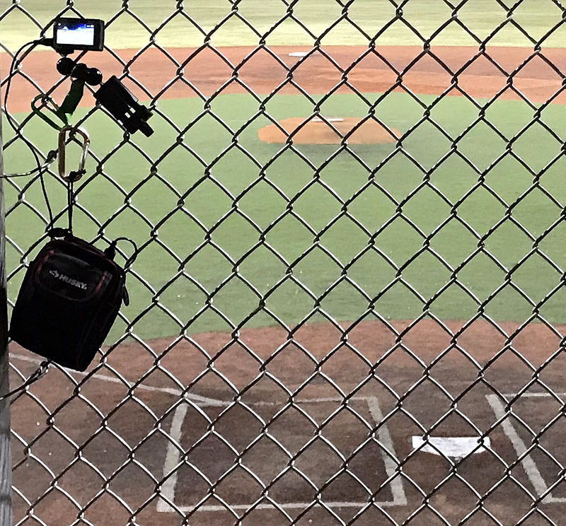 Yi4K_camera_mounted_on_fence2.jpg
