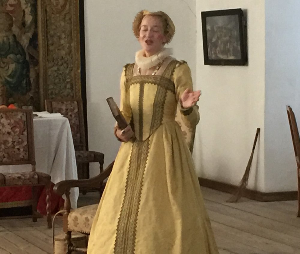 Hamlet's mother at Elsinore Castle
