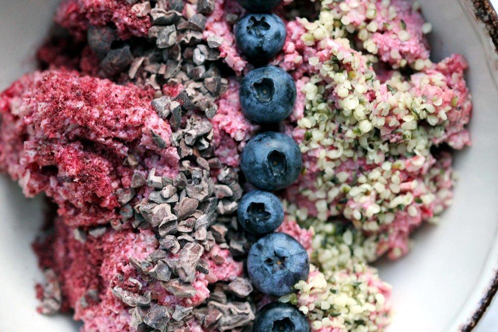 Raw Raspberry, Lemon and Baobab Porridge