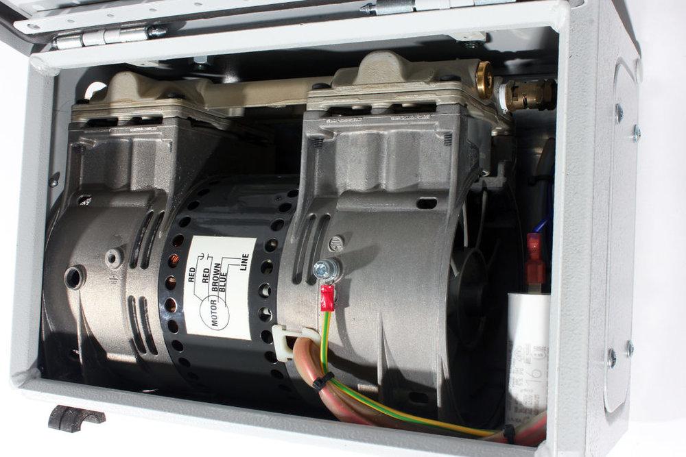 Vakuumpumpe-kleiner-Kompressor_6-1-1030x687.jpg