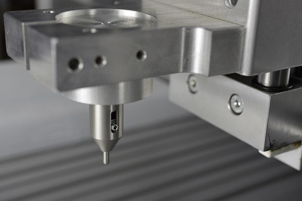 diamant-werkzeughalter-auf-cnc-maschine.jpg