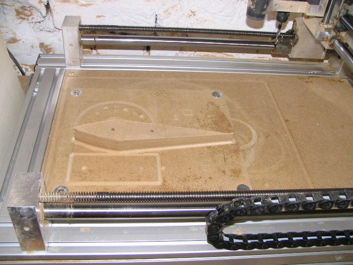 MDF-Formenbau-CNC-gefraest.jpg