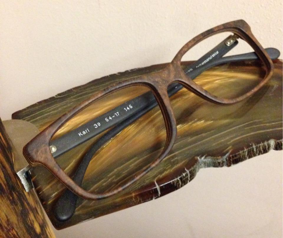 Holzbrille-1.jpg