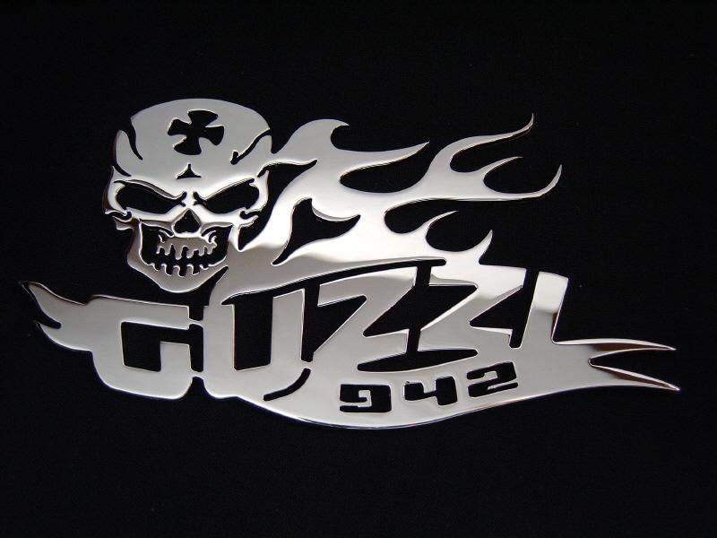 guz94281-1.jpg