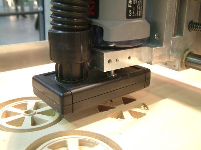 milling-train-wheels-from-beech-wood.jpg