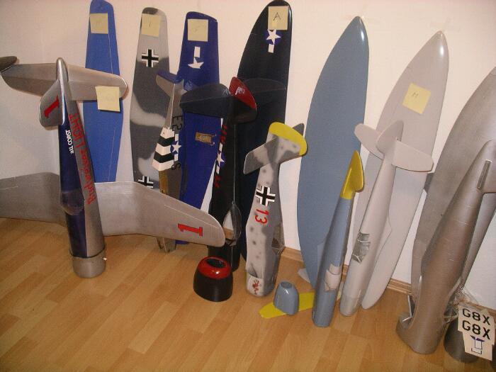 modellbau-flugzeugteile.jpg