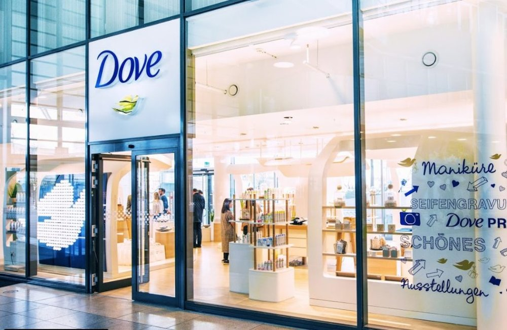 dove-store-in-hamburg-1030x672.jpg