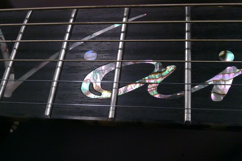 einlegearbeiten-gitarrenbau.jpg