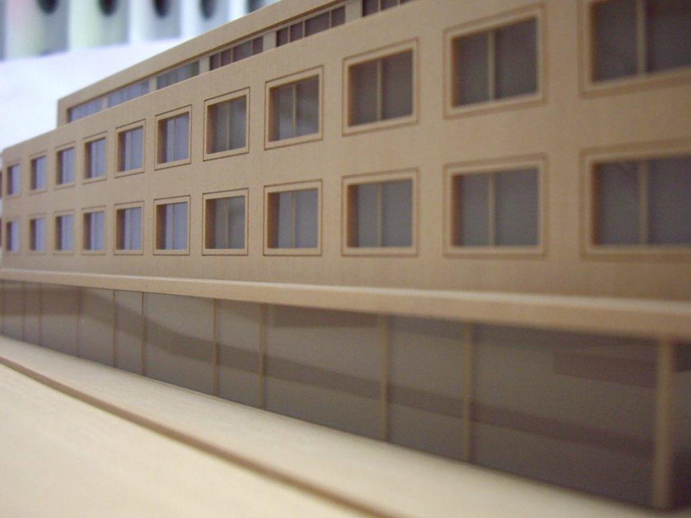 modell-aus-holz-und-plexiglas-1030x773.jpg
