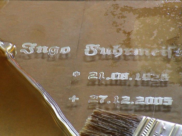 Glasgravur-grabtafel.jpg