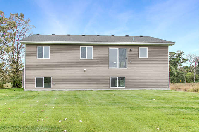 25558 10th St W Zimmerman MN-small-031-22-031-666x443-72dpi.jpg