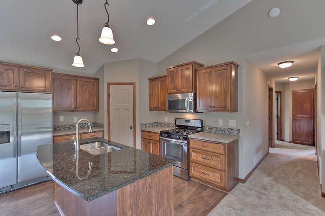 21222 Old Lake George-small-011-11-Kitchen-666x444-72dpi.jpg