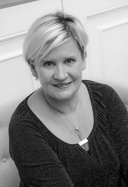 Colour Expert -Carolyn Newman - BOOK A COLOUR CONSULTATION WITH CAROLYN HERE.Carolyn has had a very varied and exciting career working with clients at a 5 star central London salon for over 25 years including the role as Colour Director and delivering bespoke education courses around the globe to salons and hairdressers.Her refreshingly and personal approach to colour and her confident consultations combined with expertise and understanding, means she will prescribe the perfect combination of colour and application techniques personal to you for a truly beautiful result.Have a look at her website.Email:enquiries@carolynnewman.co.ukPhone:+44 (0) 7957 253 653@carolynlnewman
