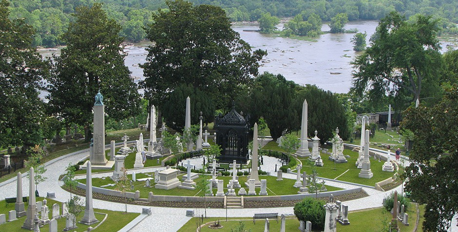 Hollywood Cemetery, with the James River in the background