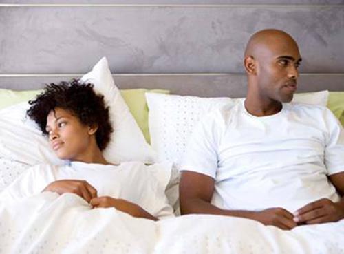 vibe-vixen-unhappy-black-couple-in-bed.jpg