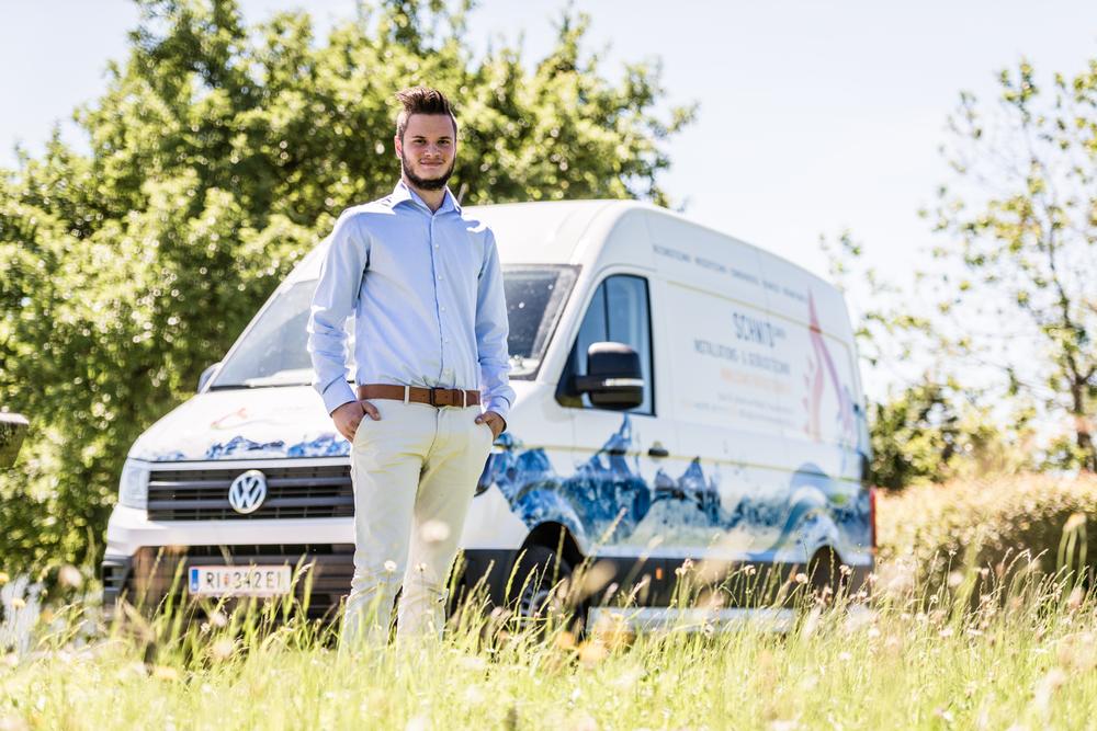 - Jungunternehmer startet groß durch! Freue mich ganz besonders Raphael Schmid, bei seiner Firmengründung in St. Johann am Walde tatkräftig mit meinem grafischen Know-how zu unterstützen.