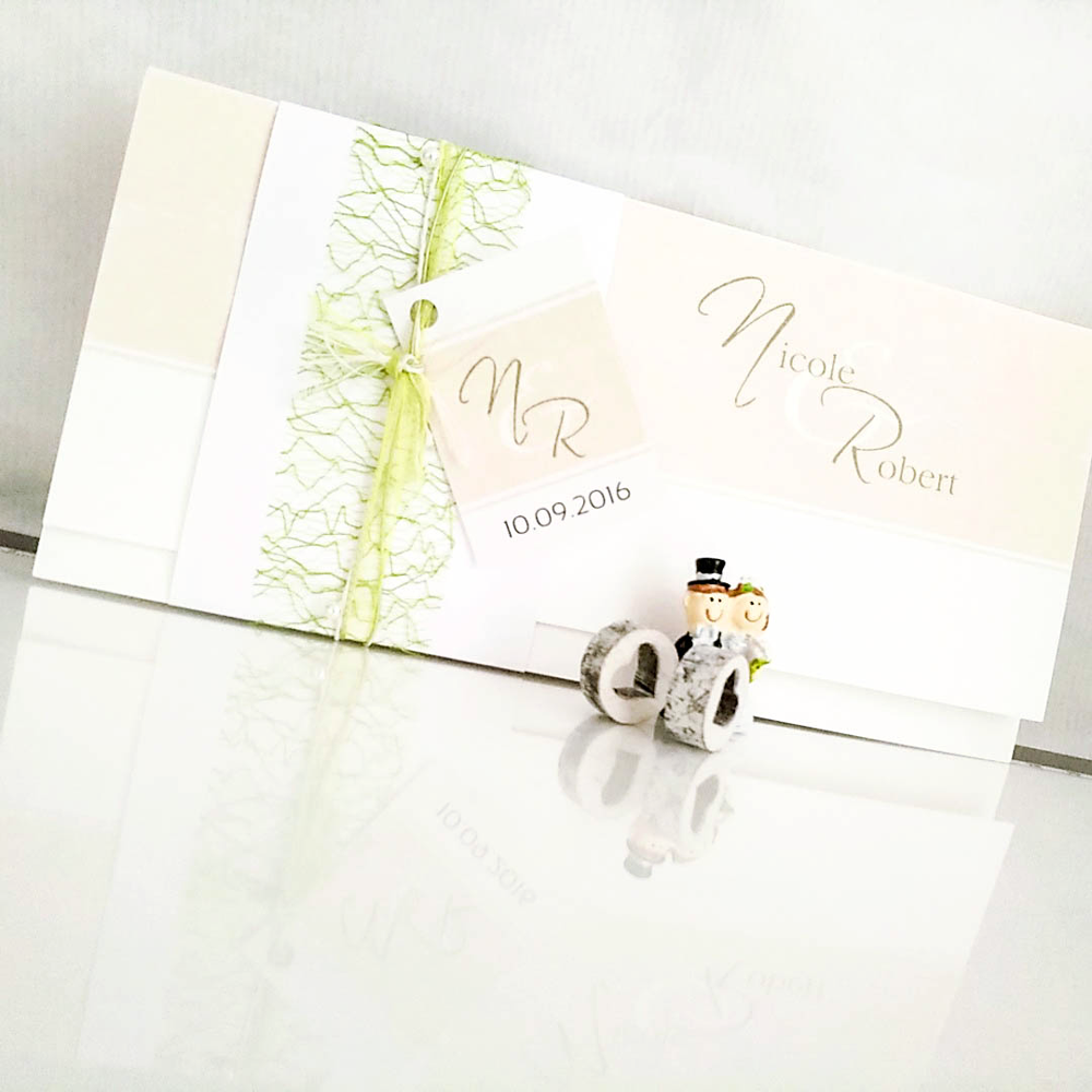 // WEDDINGCARDS -