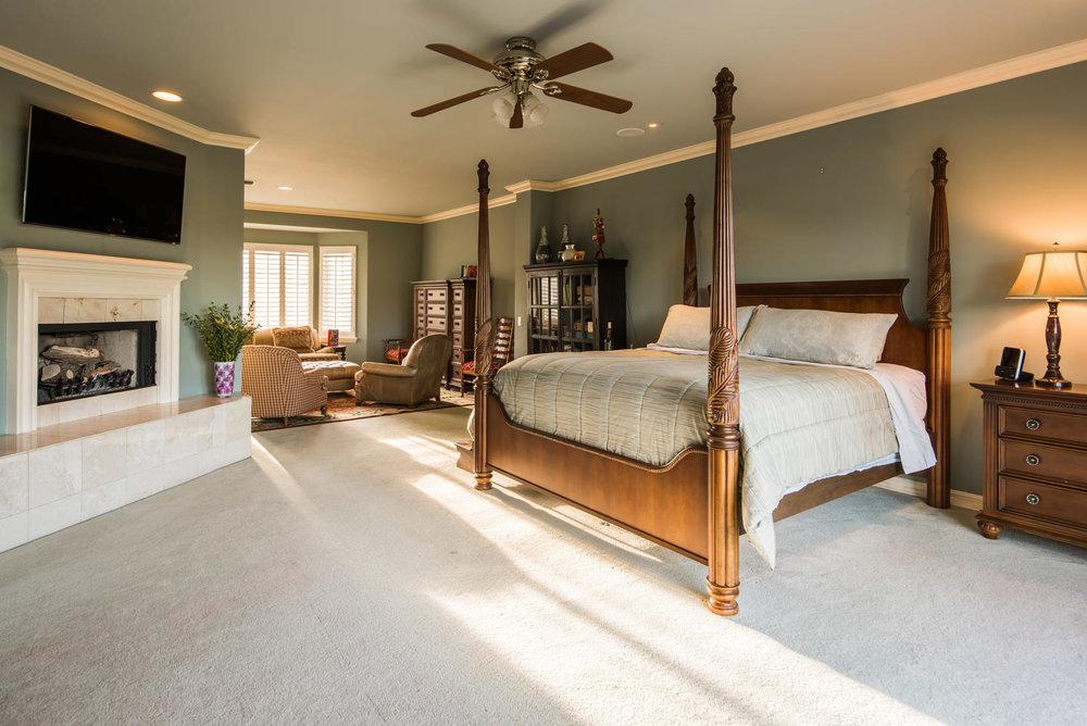 3816 Marks Rd Agoura Hills CA-large-035-49-Master Bedroom-1499x1000-72dpi.jpg