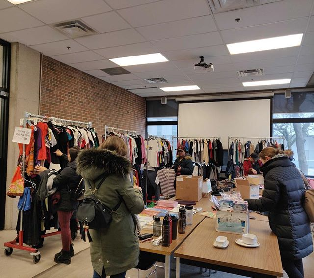 Join us on Tuesday at HNES 109 for our last Free Store for the winter term! #free #freestore #regenesis #sustainableliving #yorkuniversity #sustainablefashion #zerowaste #sustainable #zerowaste #yorku