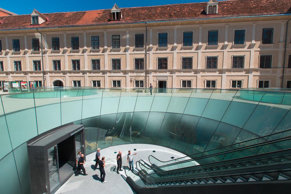 Joanneumsviertel-(c)-Graz-Tourismus.jpg