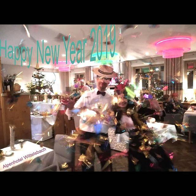 #happynewyear #silvester #ruhpolding #galadinner #alpenhotel #wittelsbach #newyearinstyle #gillitzer#design #weihnachten #neujahr #danceintonewyear #silvesterpartymittanz