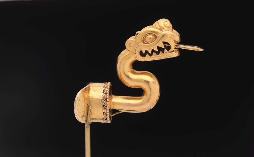Aztec Serpent Labret with Articulated Tongue, 1300 - 1521, Gold  | ©   The Met Museum   |   Creative Commons Licence CC0 1.0