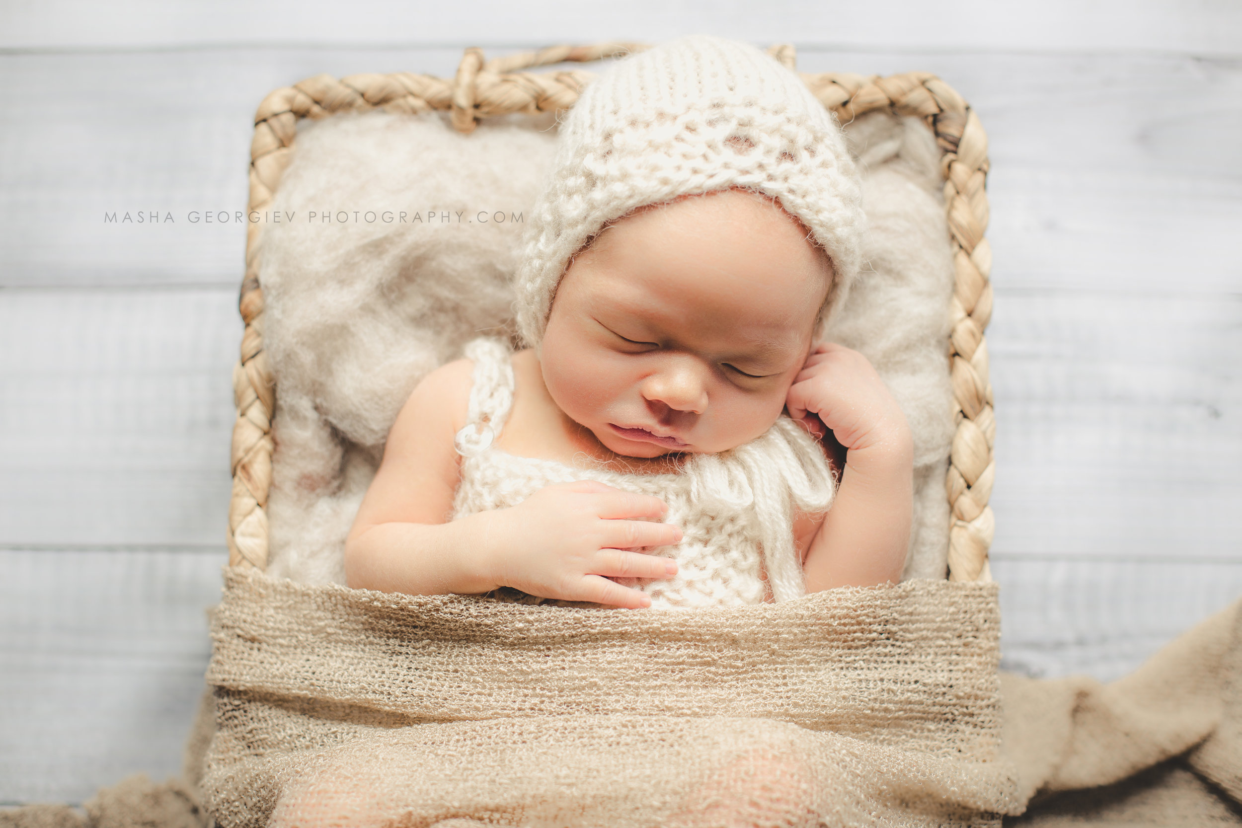 Portland-Newborn-Photographer-12