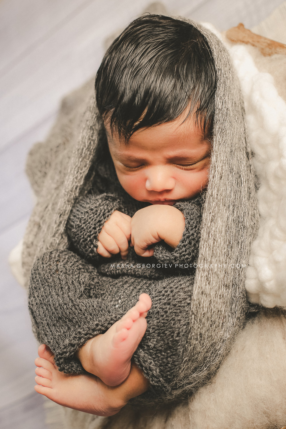 LAKE OSWEGO NEWBORN PHOTOGRAPHER MASHA GEORGIEV