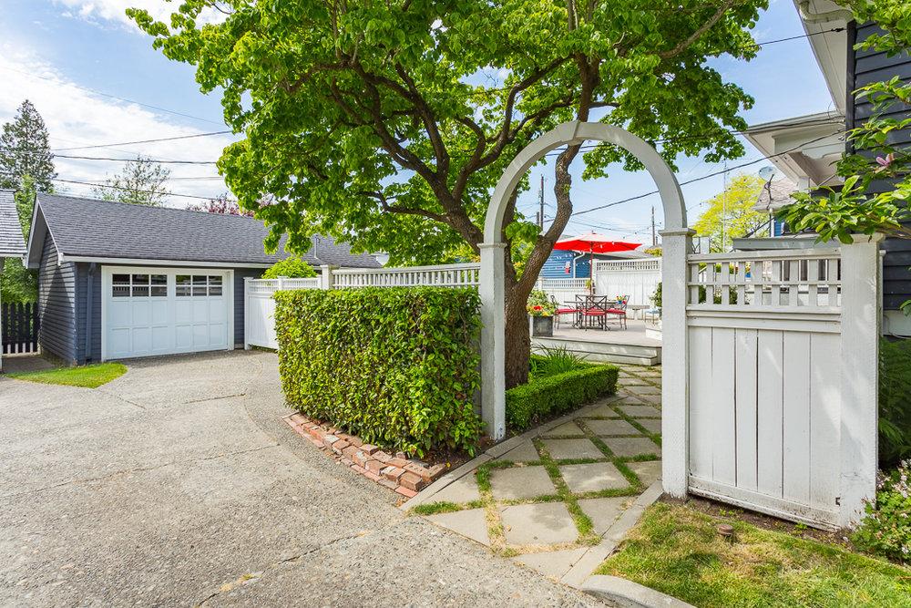 1326 Hoyt Ave Everett WA 98201-MLS-7.jpg