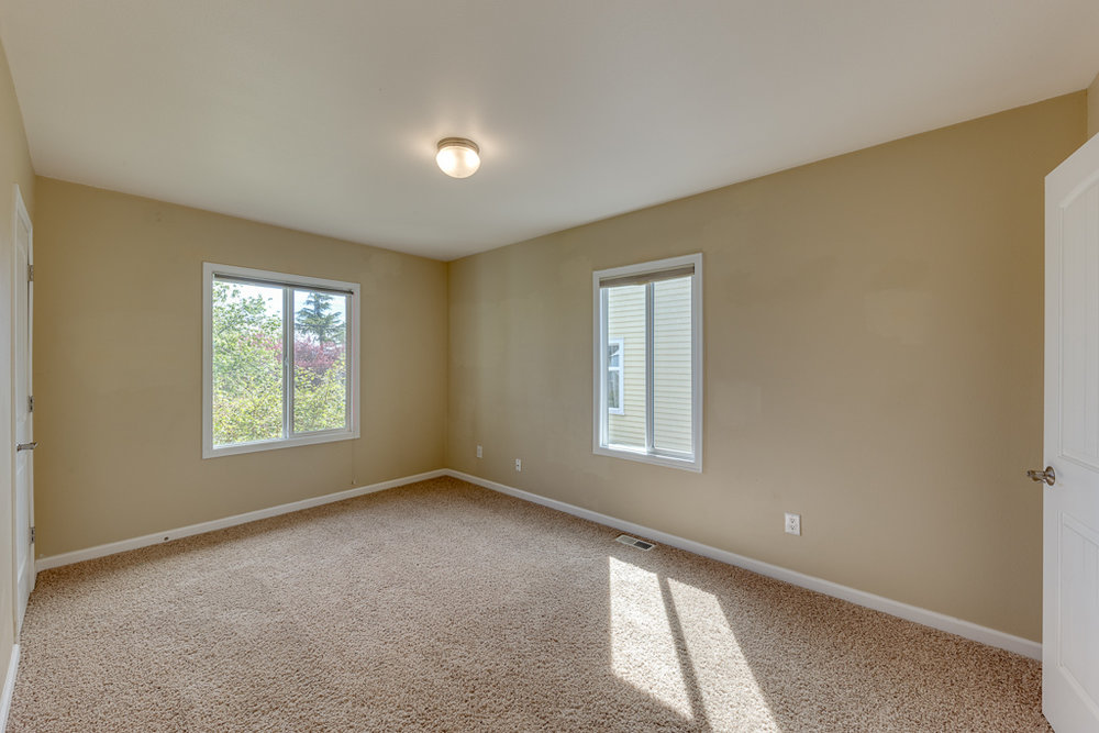 4402 S 3rd Ave, Everett, WA 98203-MLS-19.JPG