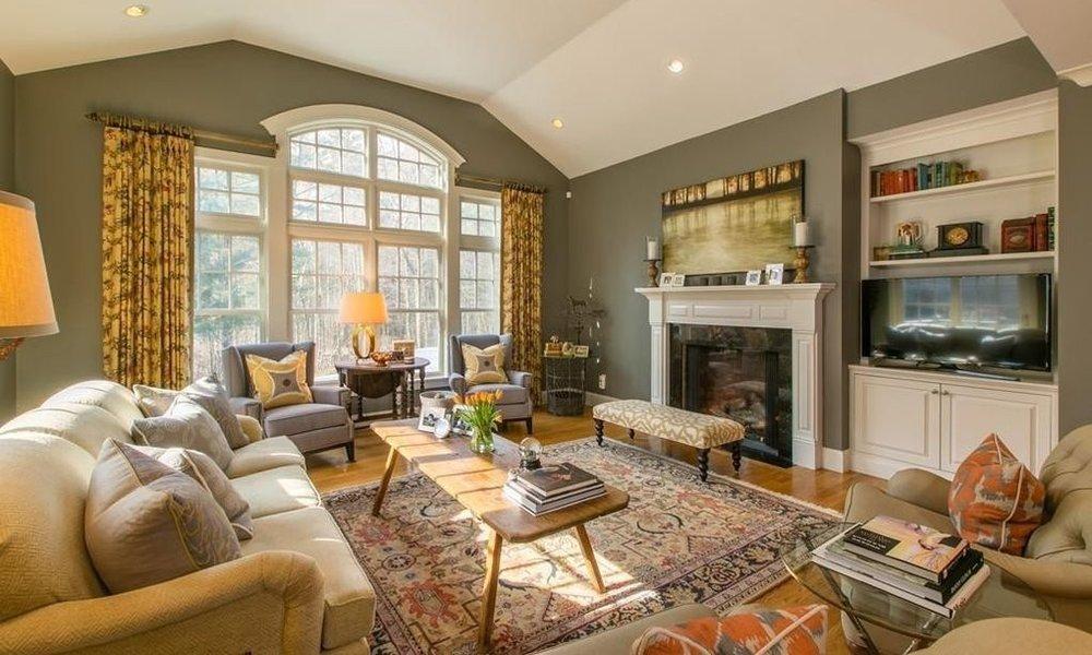 allie living room.jpg