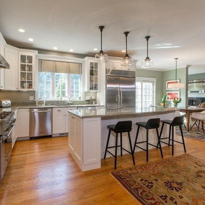 allie kitchen 2.jpg