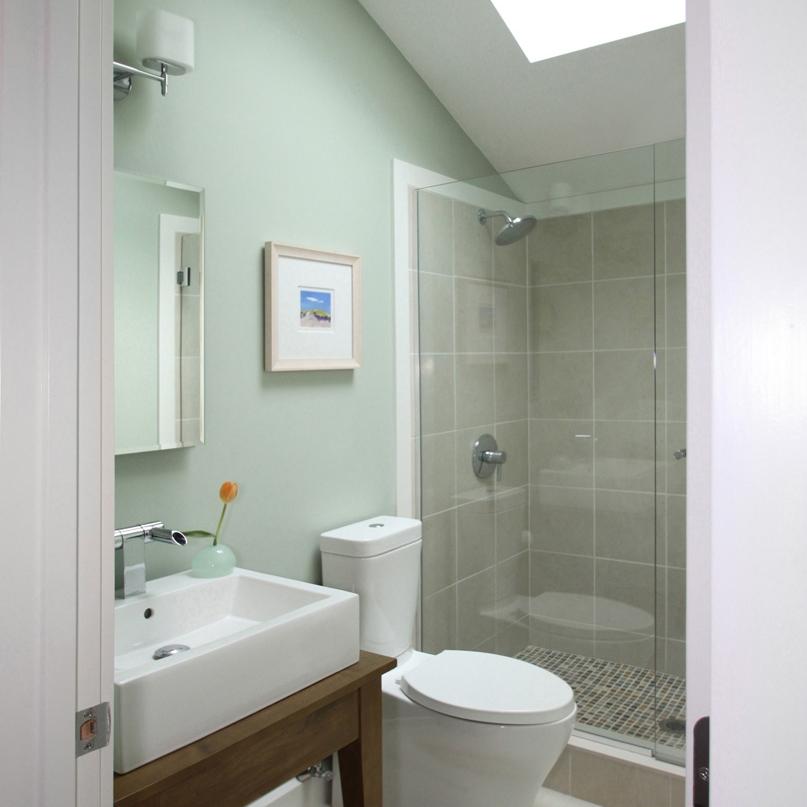 bathroom2 fixed.jpg