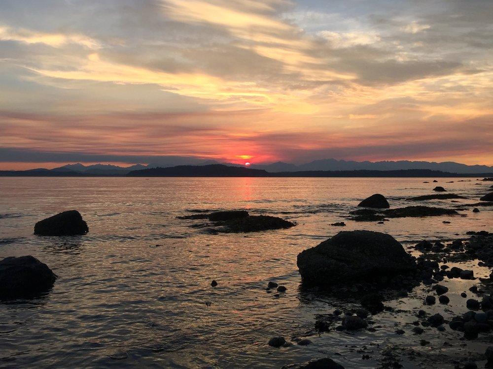 ALKI BEACH, WEST SEATTLE, WASHINGTON