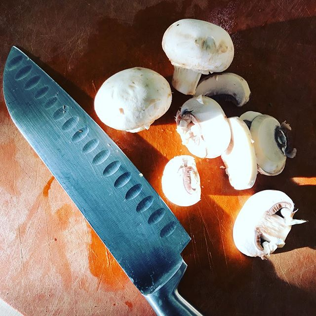 The makings of my Saturday morning omelette. #mushrooms #breakfast