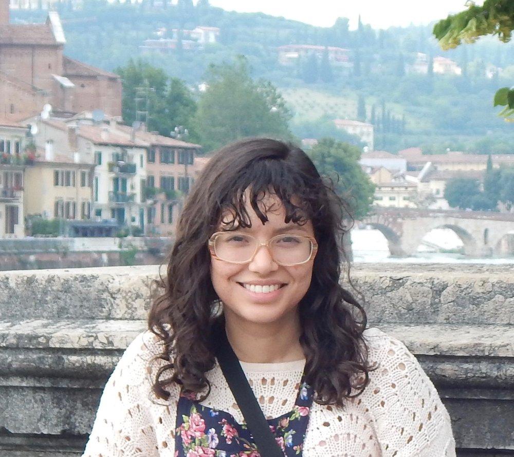 Yanina Villagomez <br> University of Illinois Class of Illinois Class of 2020 Political Science, English, Italian