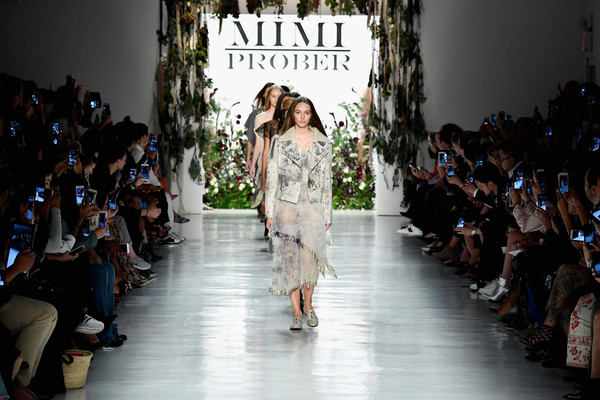 Mimi+Prober+Runway+September+2017+New+York+cCkPxVEUy6gl.jpg