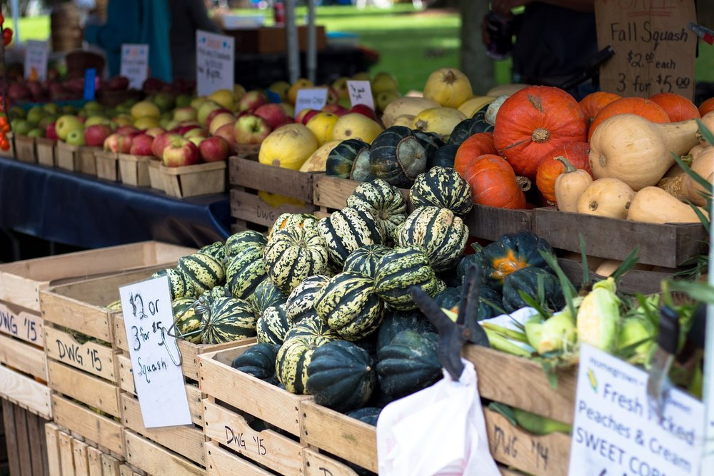 farmers-market-1213097_1920.jpg
