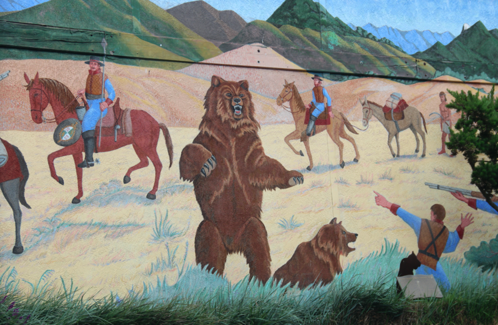 "Grizzly mural in the town of Los Osos (""the bears""), San Luis Obispo County."
